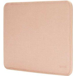 """Incase ICON Woolenex ochrané pouzdro s magnetickým zavíráním MacBook 13"""" (USB-C) Pro / Air zlaté"""